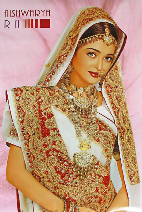 Aishwarya Rai in Sari. Photo