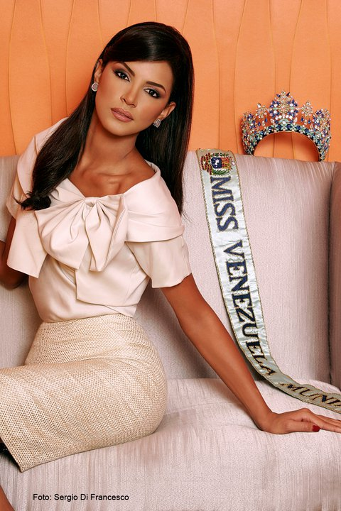 Ivian Sarcos (Venezuela) - Miss World 2011. photo