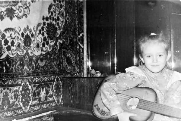 Ksenia Sukhinova in Childhood. Photo