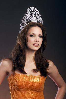 Denise Quiñones (Puerto Rico) - Miss Universe 2001. Photo
