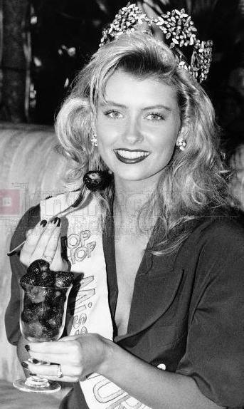 Linda Pétursdóttir (Iceland) Miss World 1988 Photo