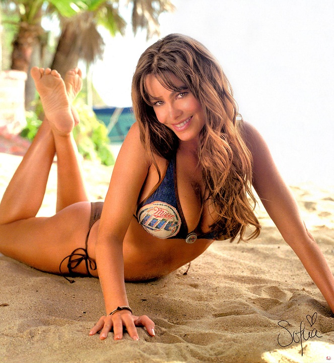 Sofía Vergara hottest colombian girl in bikini photo