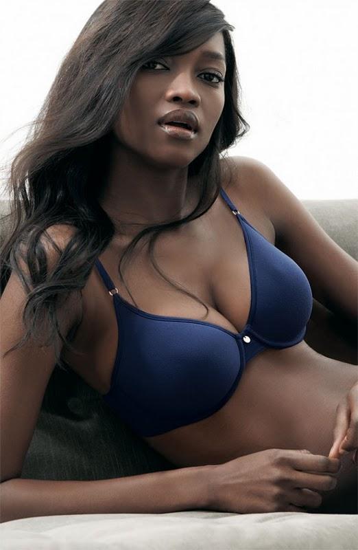 горячая девушка Улучи Onweagba-Орланди Нигерии в бикини. картинка