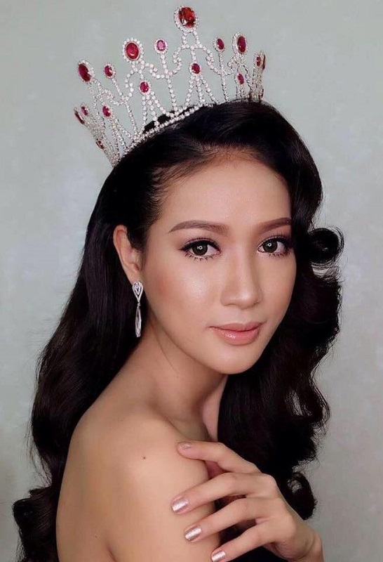 beautiful Laotian girl Tonkham Phonchanhueang