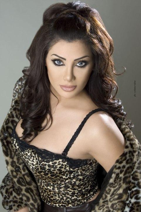 Beautiful Egyptian woman Jeny / جيني - singer. photo