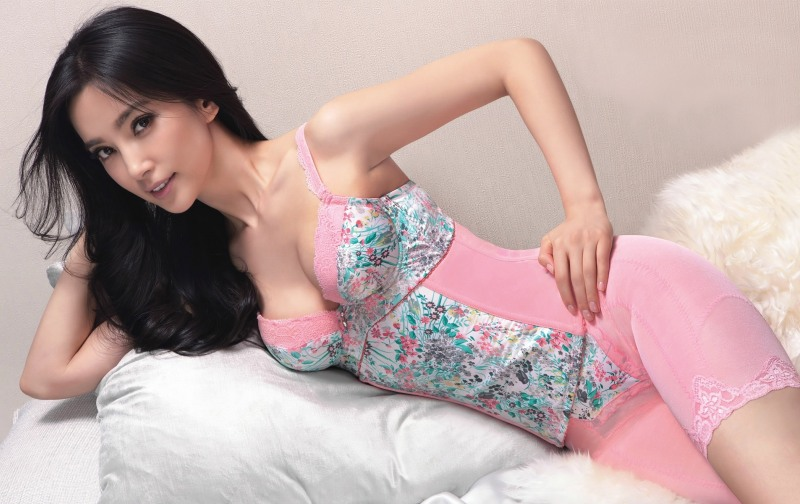 Li Bingbing / 李冰冰 Hot Chinese Girl. Photo