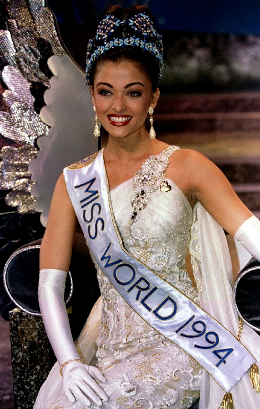 Aishwarya Rai at Miss World 1994  images