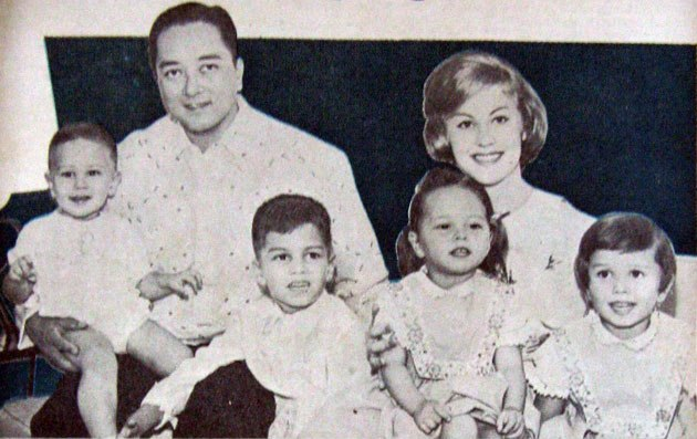 Armi Kuusela, her husband Virgilio Hilario and children photo
