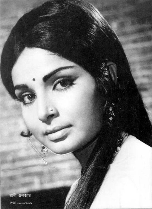 Beautiful indian actress Rakhee Gulzar