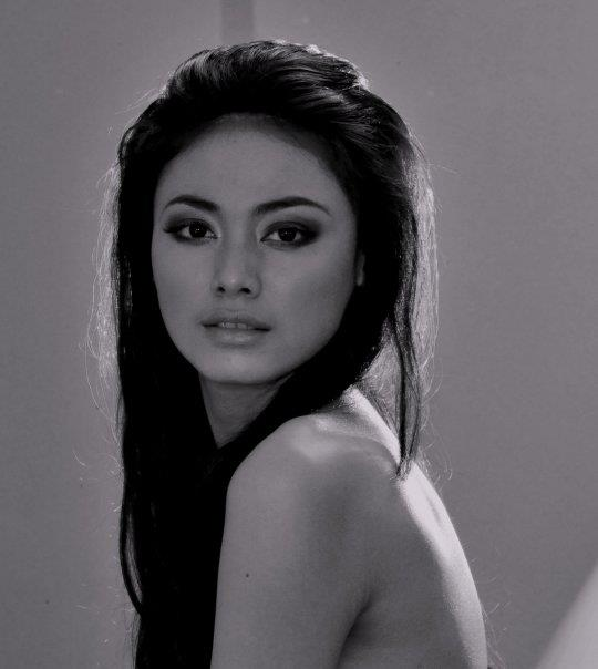 Beautiful Indonesian girl Whulandary Herman photo