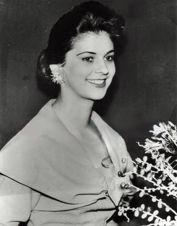 Luz Marina Zuluaga (Colombia) Miss Universe 1958 photo