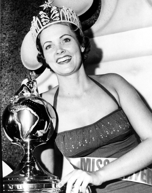 Miriam Jacqueline Stevenson (USA) Miss Universe 1954 photo