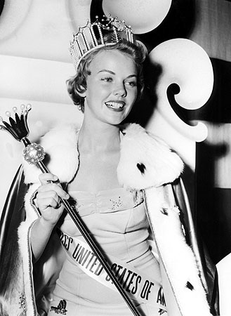 Carlene King Johnson (Vermont) Miss USA 1955. photo