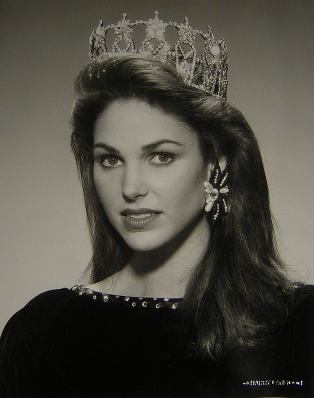 Gretchen Lynn Polhemus (Texas) Miss USA 1989