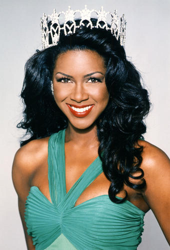 Kenya Summer Moore (Michigan) Miss USA 1993