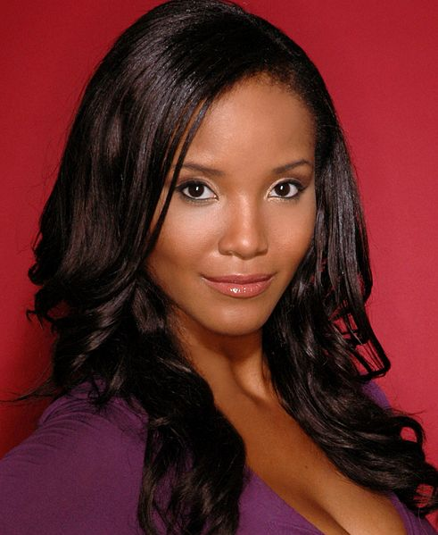 Shauntay Hinton (District of Columbia) Miss USA 2002