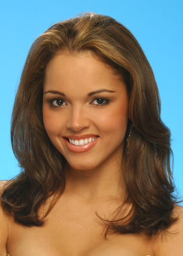 Susie Castillo (Massachusetts) Miss USA 2003