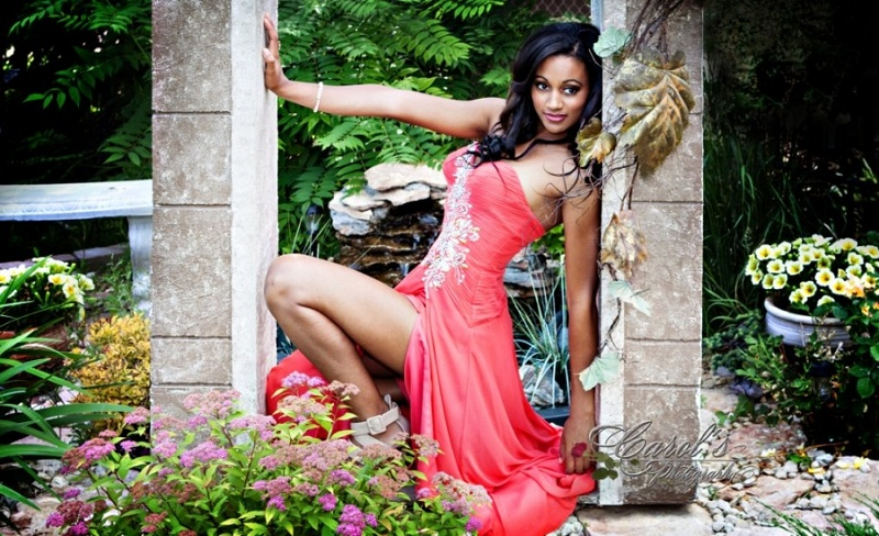 Camille Munro - Miss Canada World 2013. Pictures Gallery