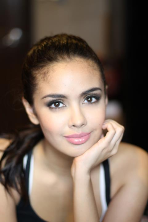 Filipino American Actress Megan Young photo
