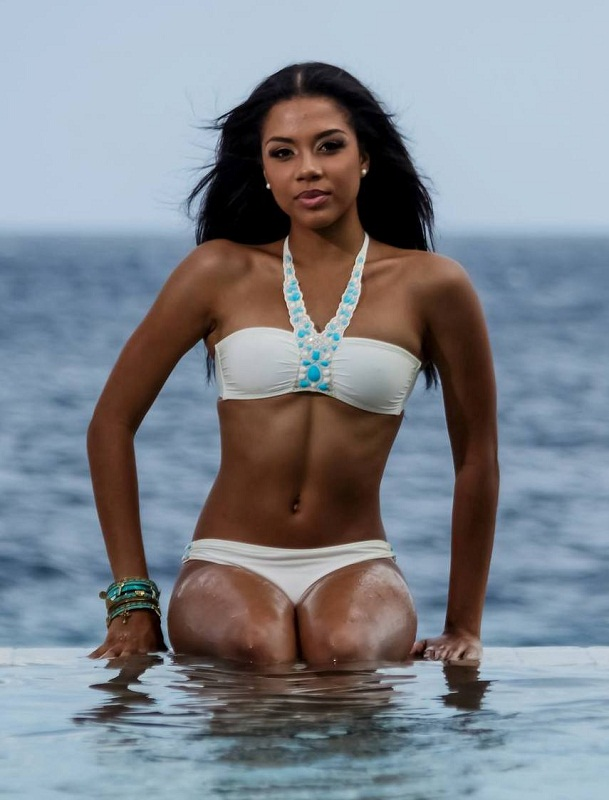 Xafira Urselita Miss Curacao World 2013. hot photo