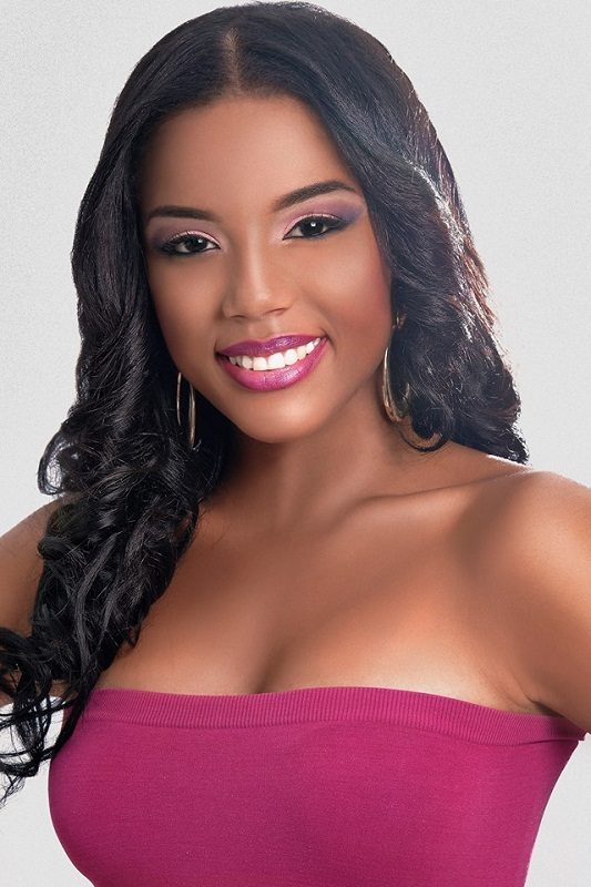 Xafira Urselita Miss Curacao World 2013. photo