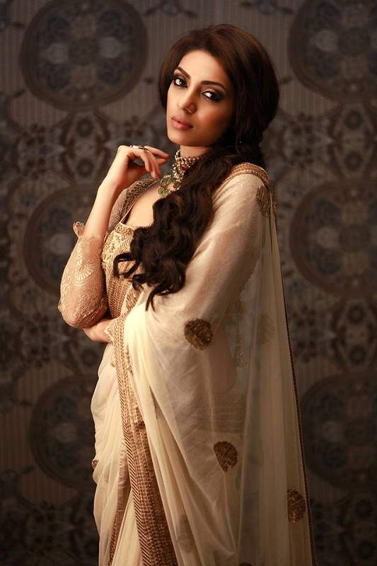 Sobhita Dhulipala Miss India Earth 2013 in saree photo