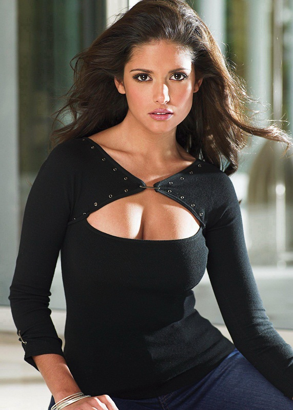 Carla Ossa hot Colombian model picture